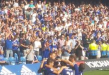 Chelsea goal celebration after WIllian scores against Burnley
