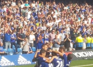Chelsea goal celebration after WIllian scores against Burnley