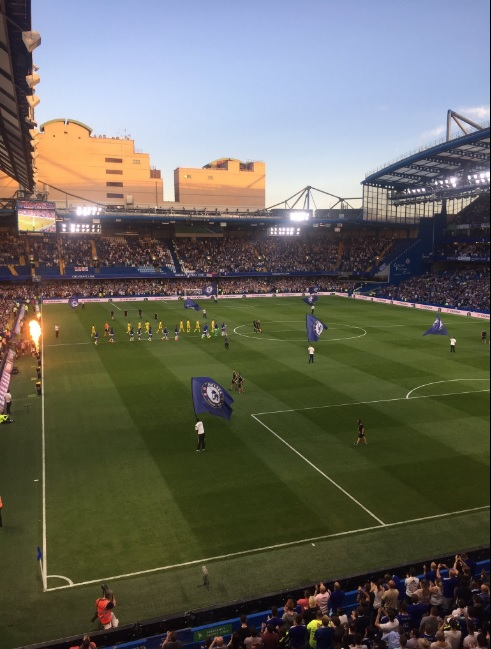 Pictures of Stamford Bridge as the teams come out EFL Cup